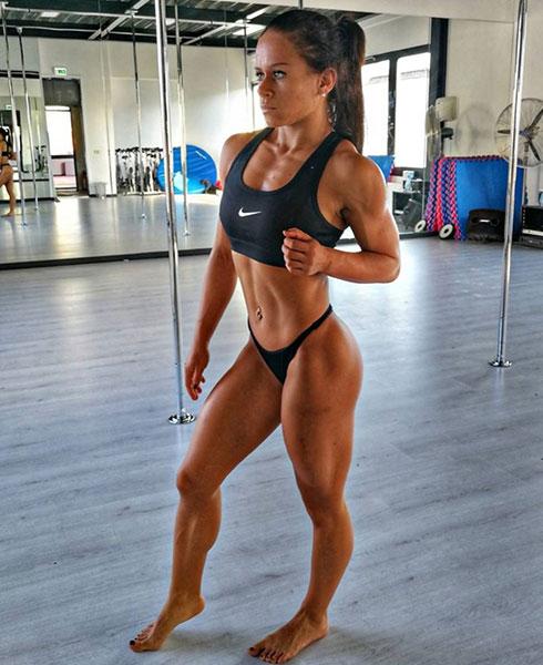 Melanie Guzak